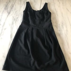 ANN TAYLOR Stylish Black Dress - Size 2 - EUC
